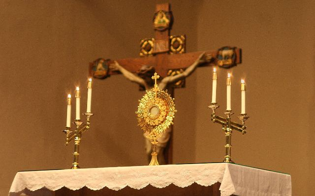 Church of the Holy Spirit: Eucharistic Adoration